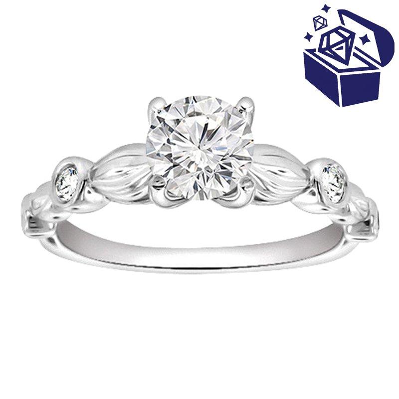 Treasure Hunt Value 3/8ct tw Diamond Engagement Ring in Platinum
