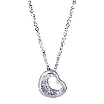 .03ct tw Diamond Heart Necklace in Sterling Silver