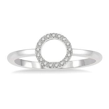 .06ct tw Diamond Circle Ring in 10K White Gold