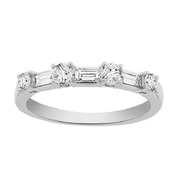 1/2ct tw Diamond Wedding Ring in 18K White Gold