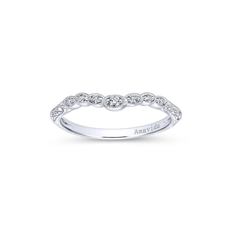 1/10ct tw Diamond Wedding Ring in 18K White Gold