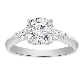 1 1/4ct tw Diamond Three Stone Engagement Ring in Platinum
