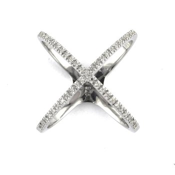 1/8ct tw Diamond Fashion Ring in Sterling Silver