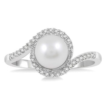 1/10ct tw Diamond & Pearl Halo Ring in 10K White Gold