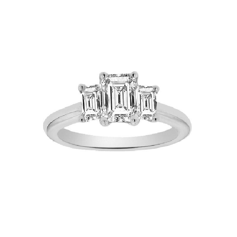 1 1/8ct tw Diamond Three Stone Engagment Ring in 14K White Gold
