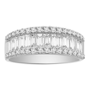 1 1/2ct tw Diamond Ring in 18K White Gold