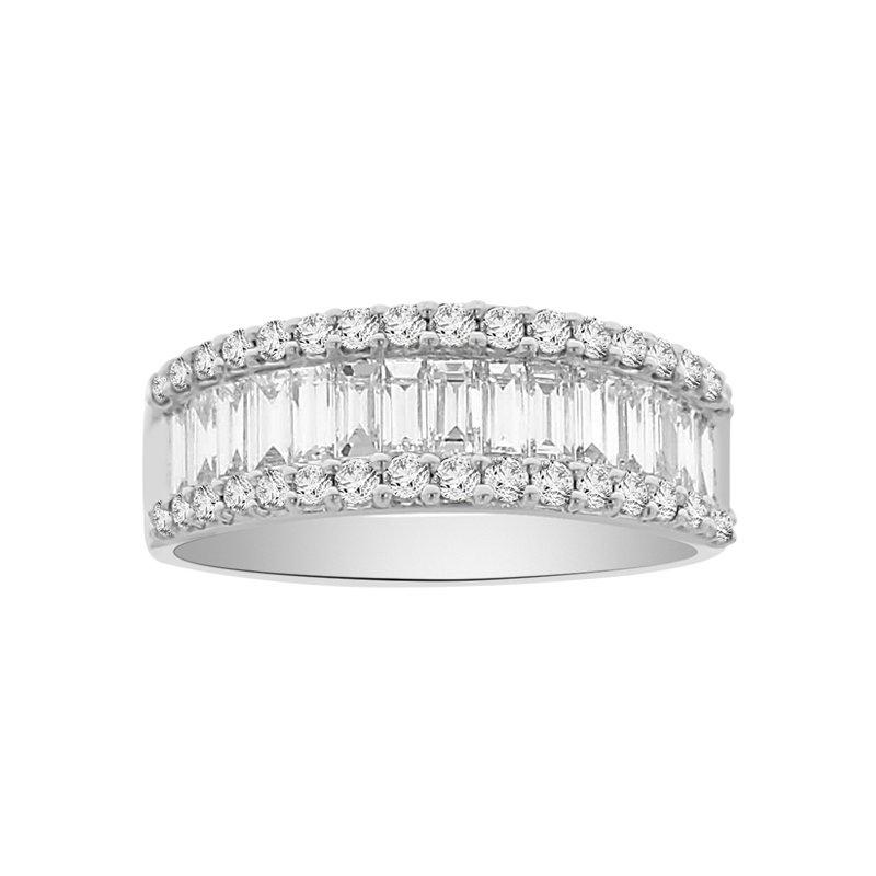 1 1/2ct tw Diamond Ring in 18K White Gold