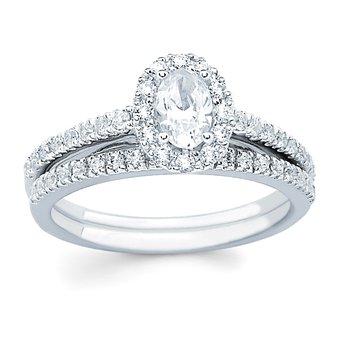 1/8ct tw Diamond Wedding Ring in 14K White Gold