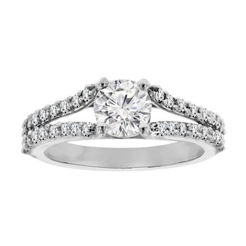 1 1/3ct tw Diamond Engagement Ring in Platinum