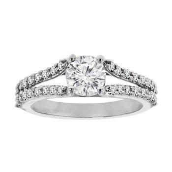 1 1/3ct tw Diamond Engagement Ring in Platinum