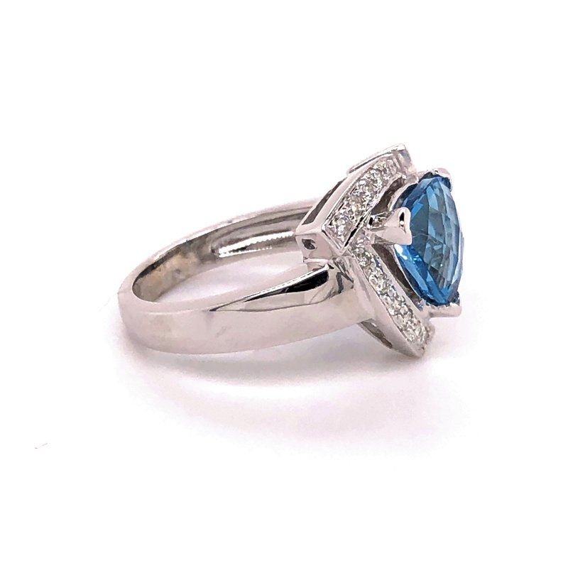 Estate Collection London Blue Topaz Ring