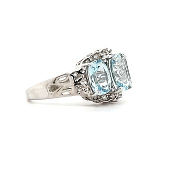 Aquamarine Fashion Ring