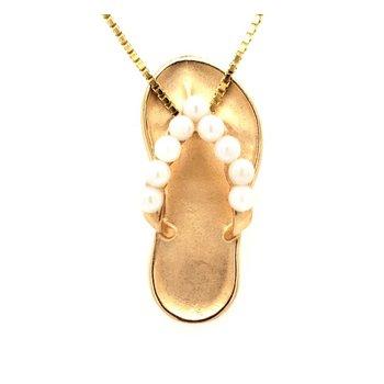 Pearl Flip Flop Pendant