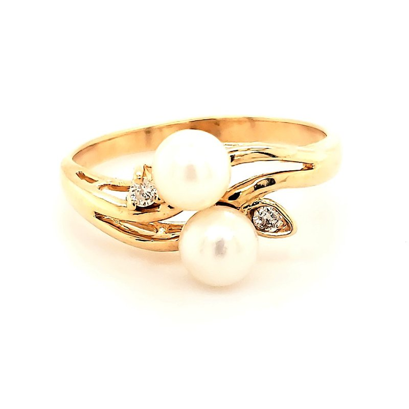 Estate Collection Pearl Ring