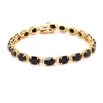 Yellow Gold and Black Onyx Bracelet