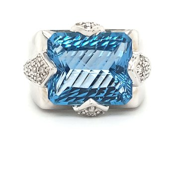 Topaz Fashion Ring