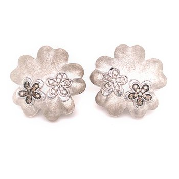 Silver Flower Fashion Earrings