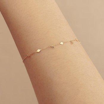 Soma Dangling Topaz Bracelet