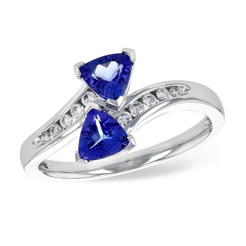 King's Tanzanite and Diamond Ring