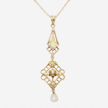 14kt Yel Gold Design Pendant w/Freshwater Pearls & Old Cut Diams