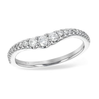 Graduated Diamonds Curved Band   #050739