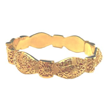 22kt Yellow Gold Bangle Bracelet w/Filigree Design