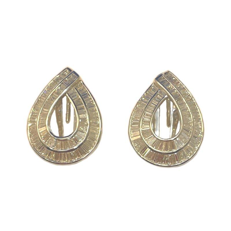 King's Estate 18kt wh Baguette Diamond Earrings w/Omega Post Backs 3.75tw