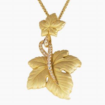 18kt Yel Double Leaf Pendant w/Diamonds