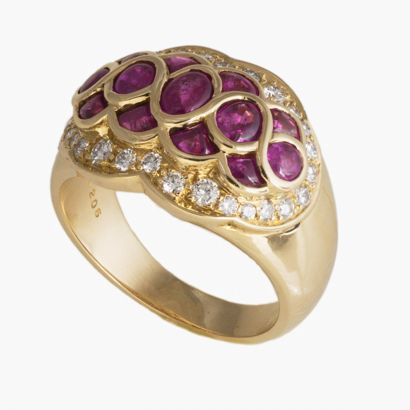 King's Estate 18kt Yel Vintage Cabochon Ruby and Diamond Ring