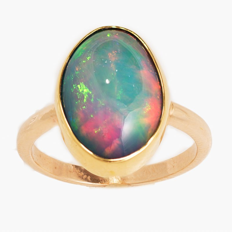 King's Oval Cabochan Opal Ring