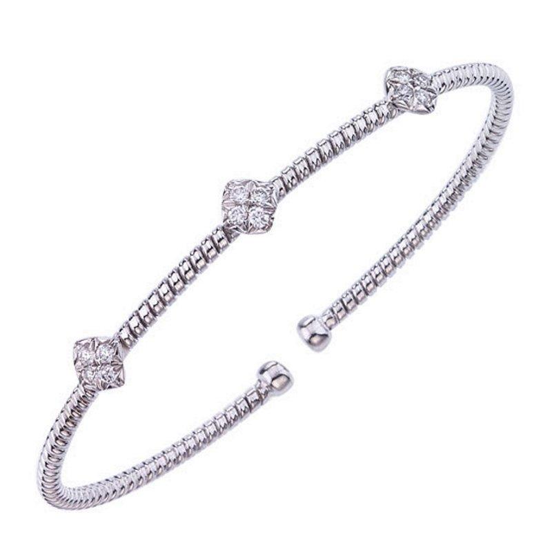 King's 18kt Cuff Bracelet with Diamond Stations
