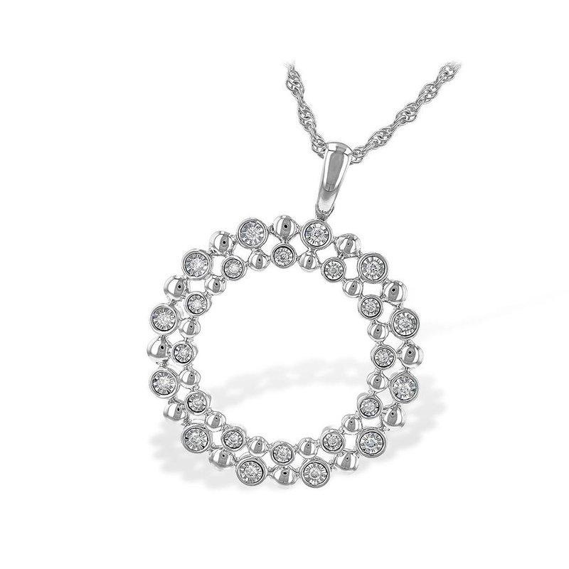 King's Beaded Circle Diamond Pendant
