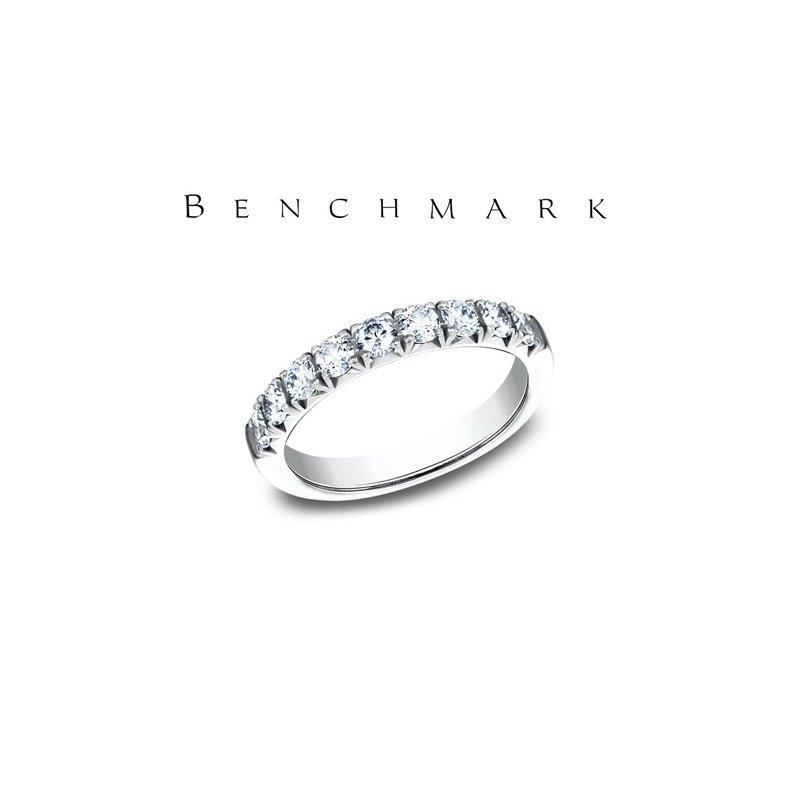 Benchmark 130-00959