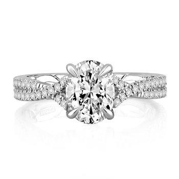 Majestic Signature Diamond Engagement Ring
