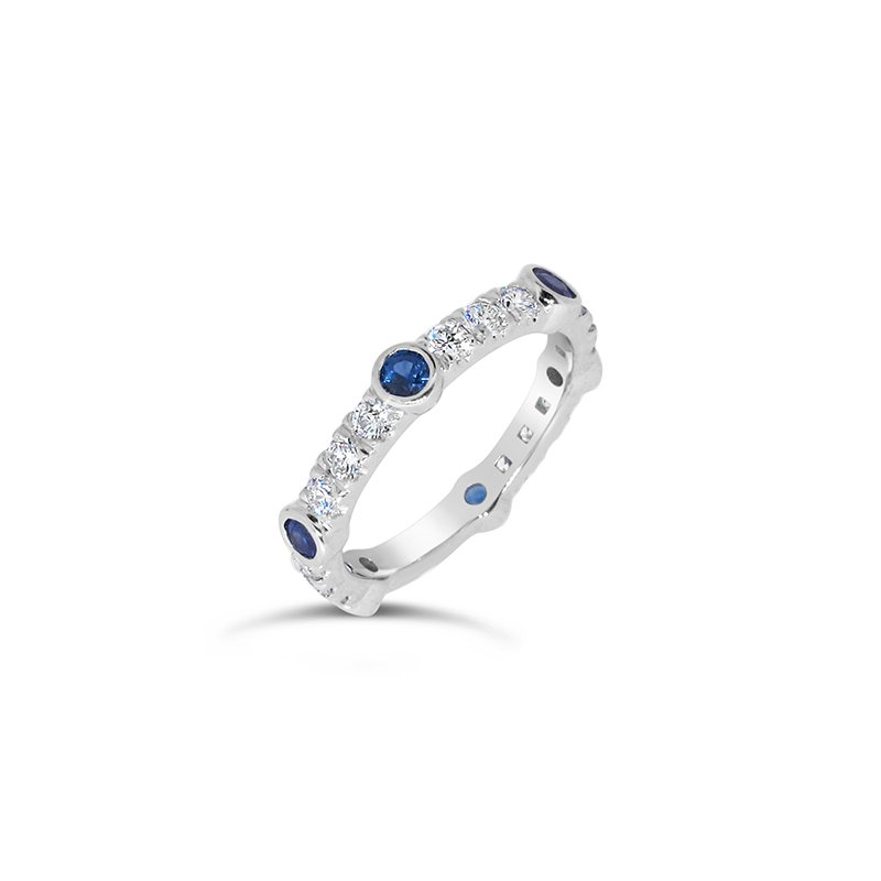 Aires Custom Bridal round blue sapphire and diamond band