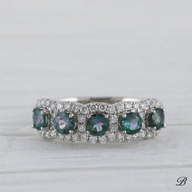 Alexandrite Halos Ring