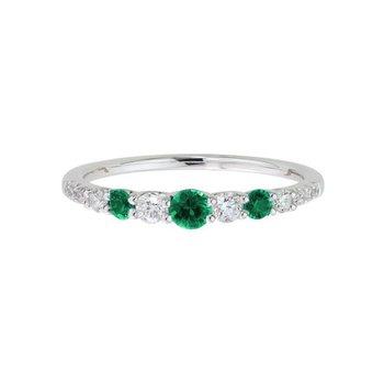 Fine Emerald & Diamond Ring