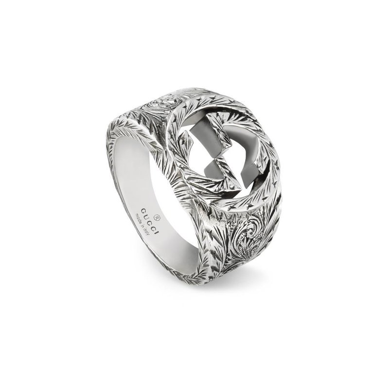 Gucci INTERLOCKING G RING LARGE WITH PAISLEY AURECO SILVER