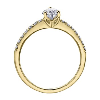 14kt Yellow Gold Engagement Ring With Pear Shaped Diamond