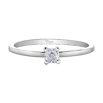Canadian Diamond Cushion Cut Solitaire Engagement Rng