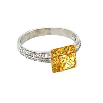 Ladies Yellow Saphhire & Diamond Ring