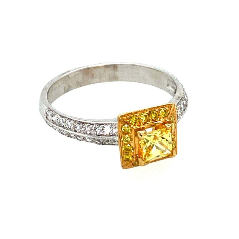 Ashley Ladies Yellow Saphhire & Diamond Ring