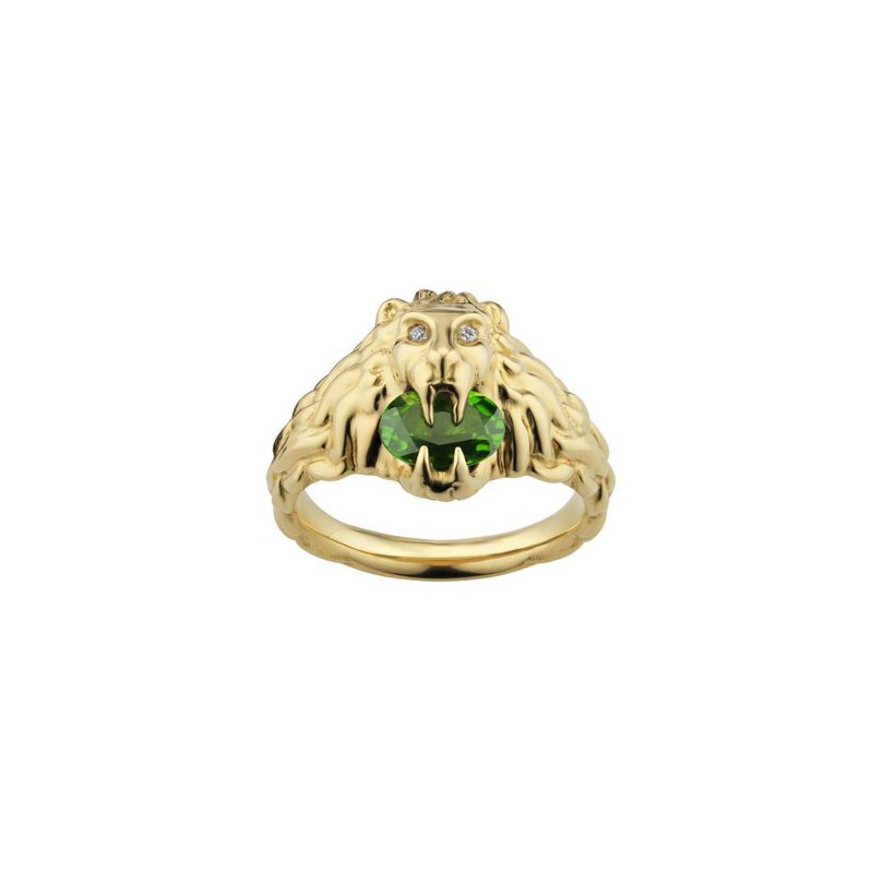 Gucci Lion head 18k ring with chrome diopside