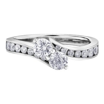 Laides Diamond Engagement Ring