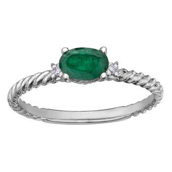 Emaerald & Diamond Ring