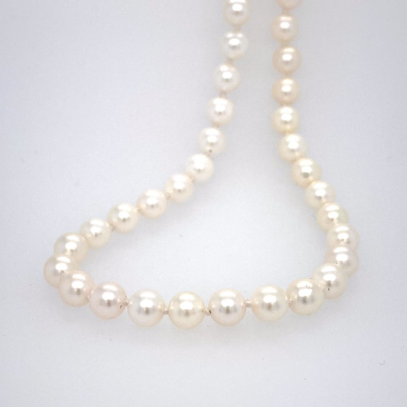 Ashley Cultured Pearl Stand