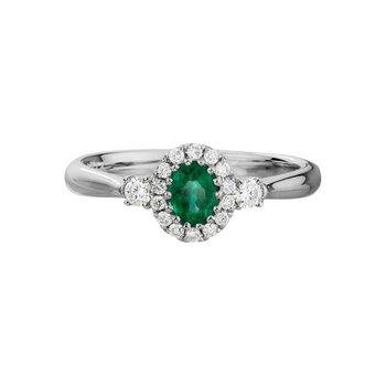 Fine Emerald & Diamond Ring