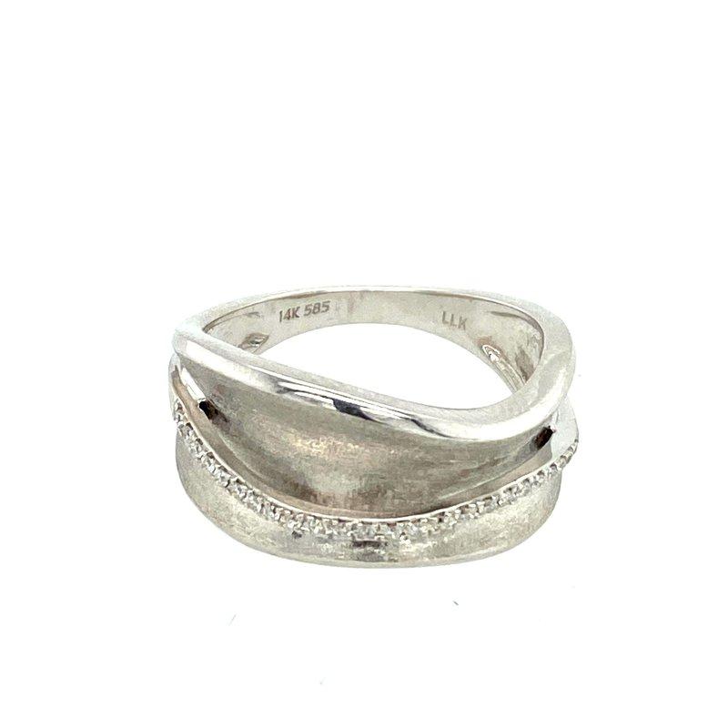 Ashley Diamond Wave Ring