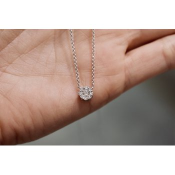 Diamond Cluster Necklace, 0.25 ct / white gold
