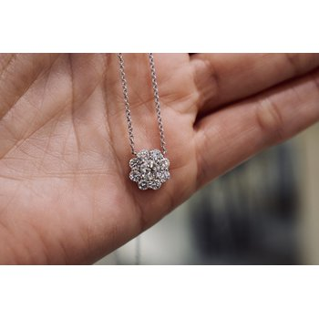 Diamond Cluster Necklace, 1.09 ct / white gold